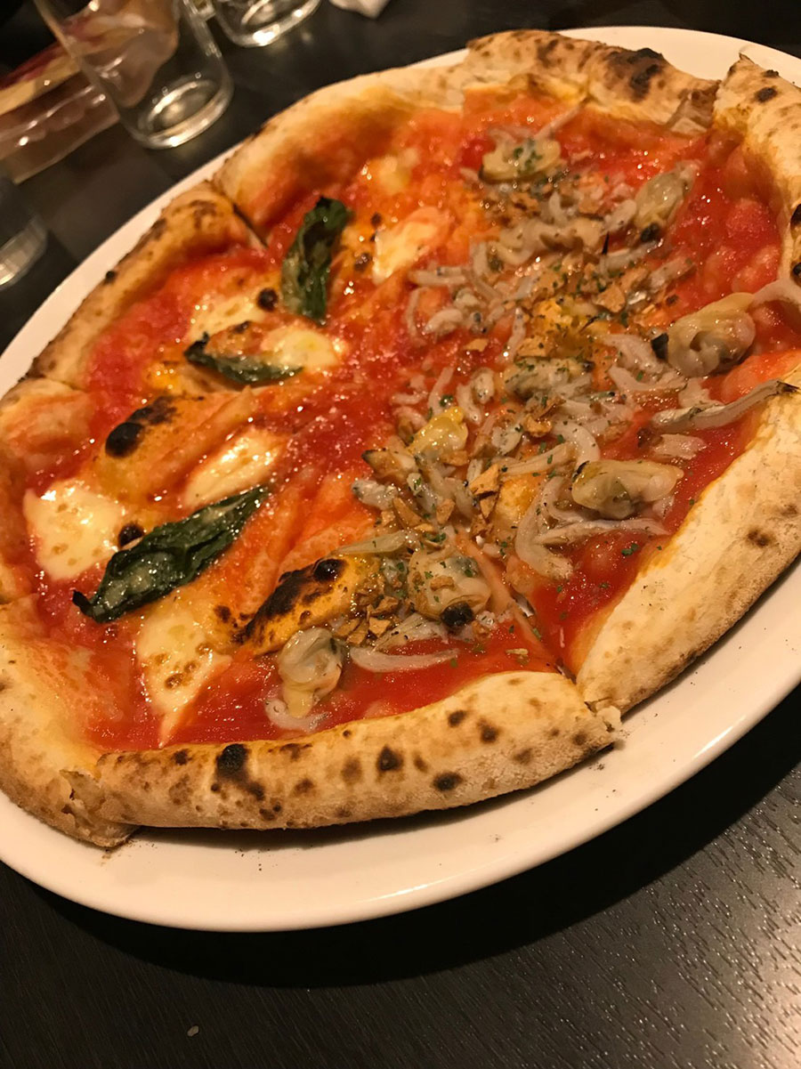 PIZZERIA BAR NAPOLI甲府店